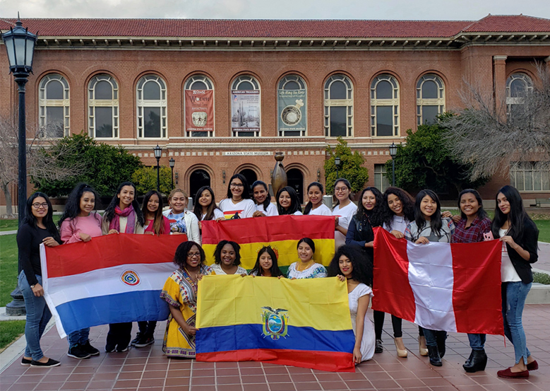 Students in the SUSI Leadership Institute on the UA Campus with flags from their home countries