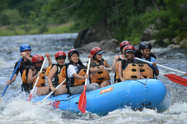 SUSI participants river rafting